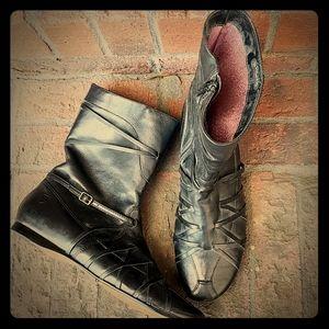 Black leather zip flat heel boots